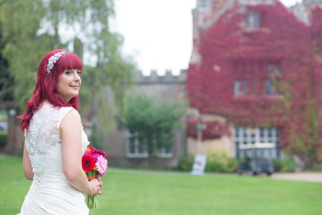 Wedding, bride, pose, Marwell House, Autumn