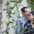 Engagement photo, London, kiss,