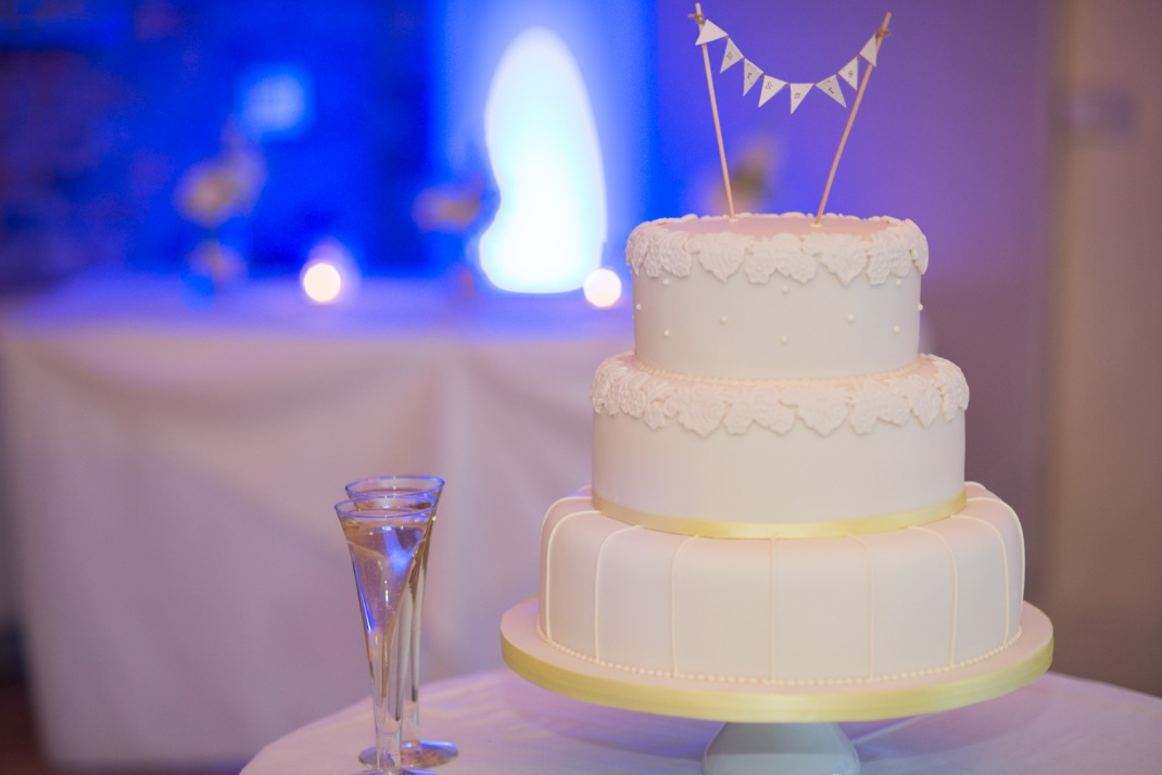 cake, blue light, champagne