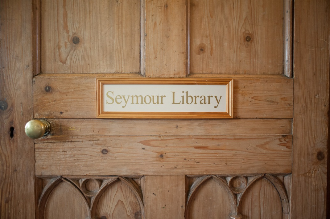 Library, quiet, door, Seymour Library, Marwell House, Zoo, Winchester Wedding Photography